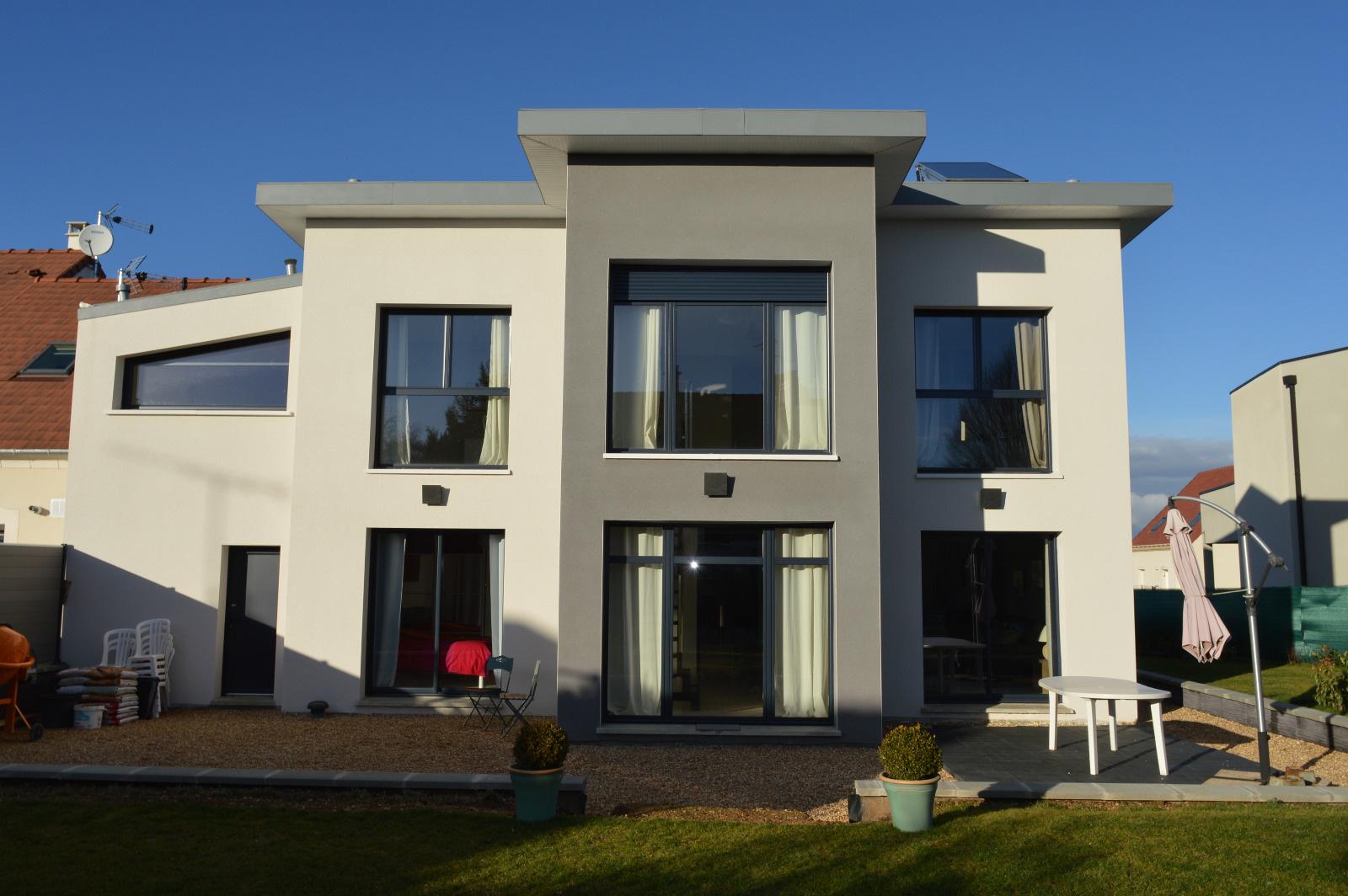 Immobilier dreux location et vente appartement et villa for Location garage dreux